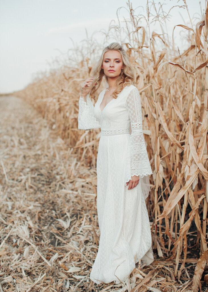 MG 6088 731x1024 - Оля та Кирил (весільна фотосесія)
